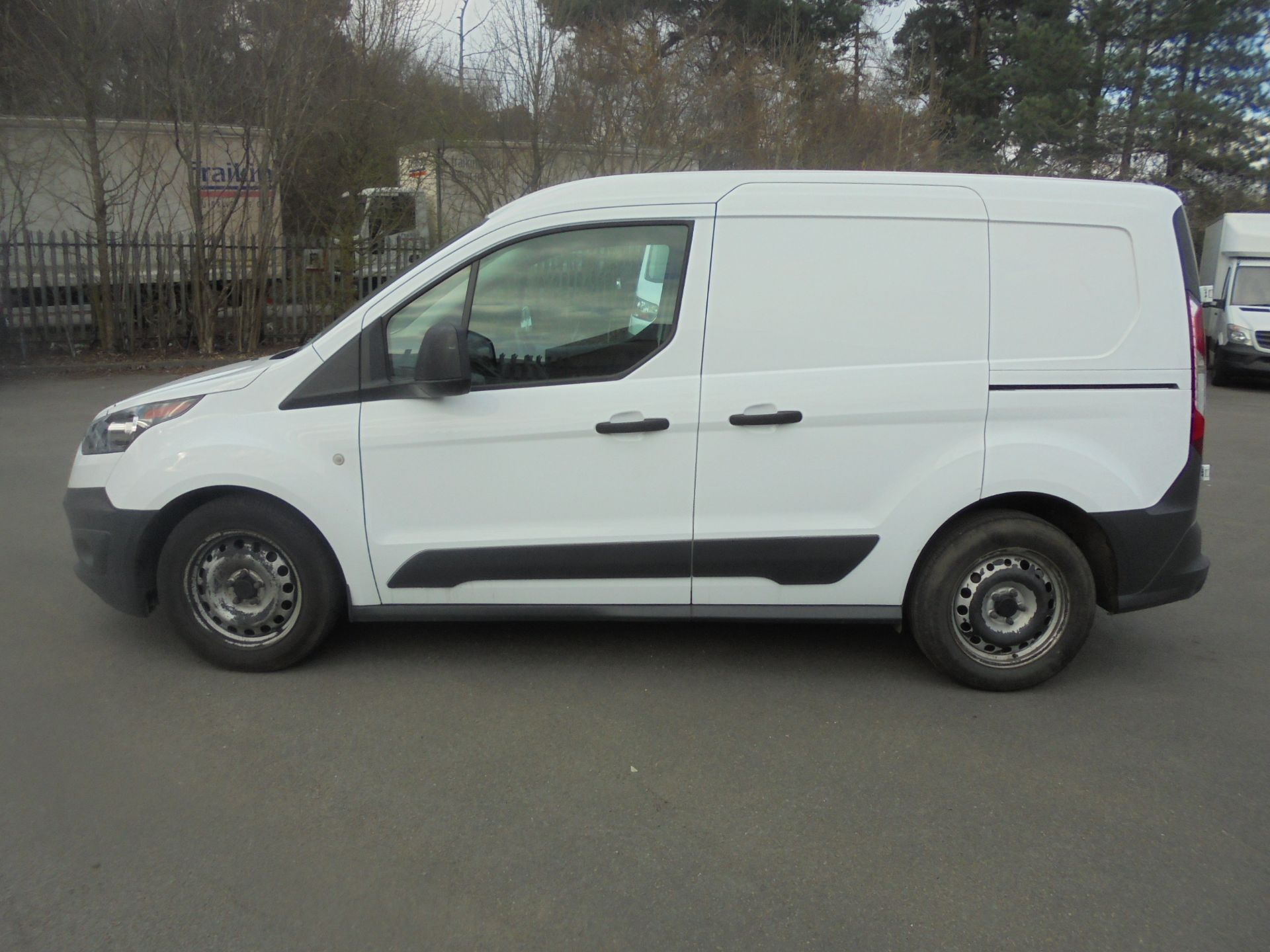 2017 Ford Transit Connect 1.5 Tdci 75Ps Van (FE17UMS) Image 4