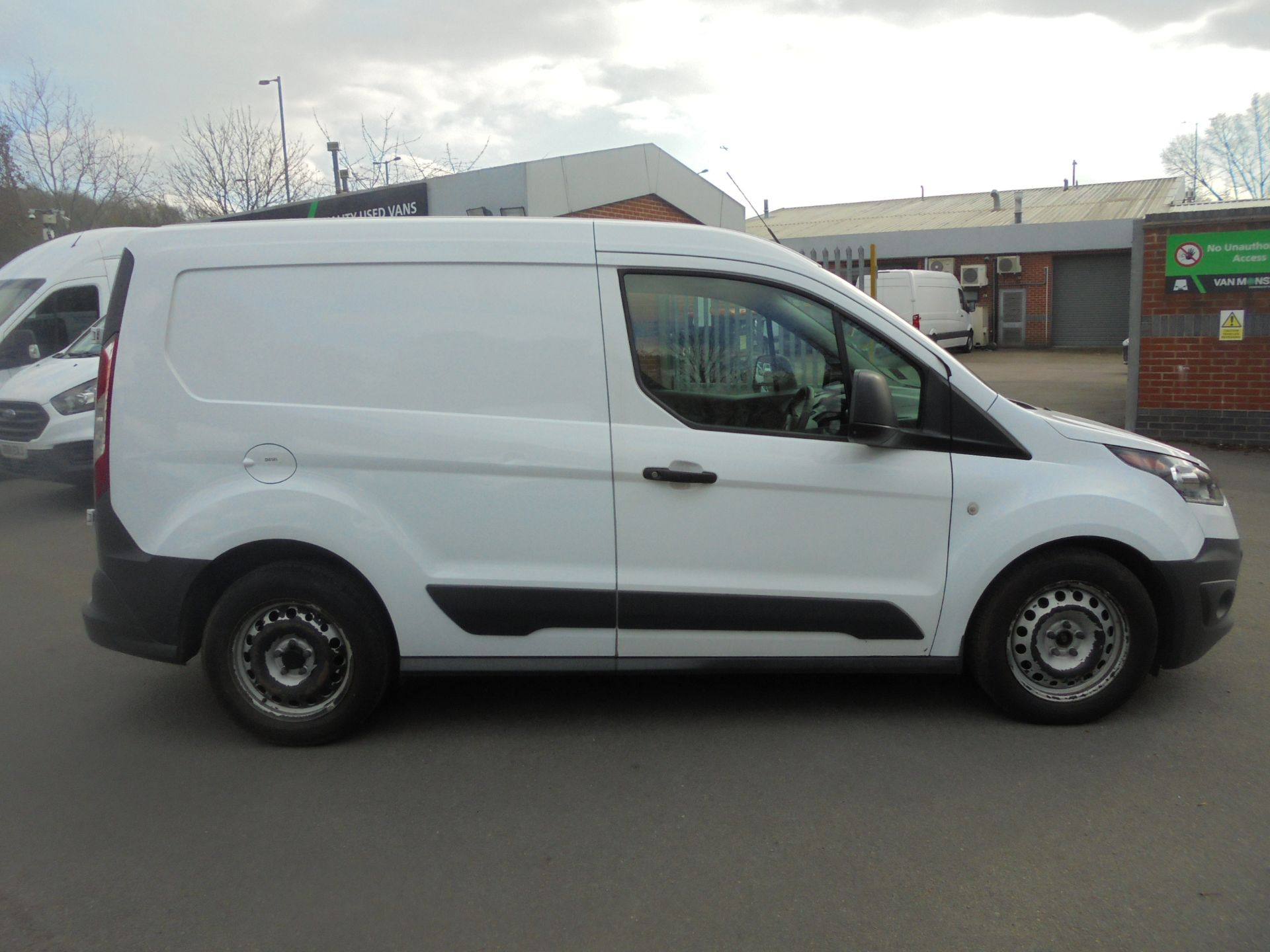 2017 Ford Transit Connect 1.5 Tdci 75Ps Van (FE17UMS) Image 11