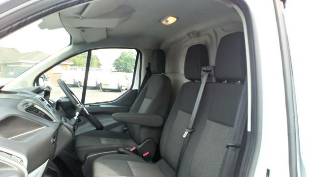 2017 Ford Transit Custom 2.0 Tdci 105Ps Low Roof Van (FE17UMT) Image 29