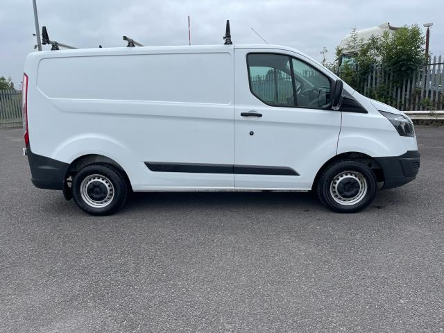 2017 Ford Transit Custom 2.0 Tdci 105Ps Low Roof Van (FE17UMT) Image 3