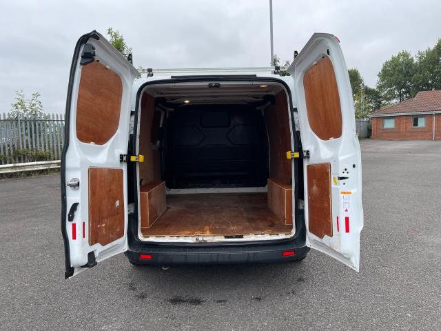 2017 Ford Transit Custom 2.0 Tdci 105Ps Low Roof Van (FE17UMT) Image 14