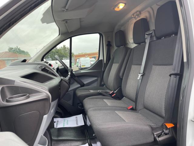 2017 Ford Transit Custom 2.0 Tdci 105Ps Low Roof Van (FE17UMT) Image 12