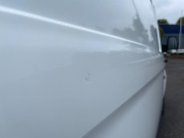 2017 Ford Transit Custom 2.0 Tdci 105Ps Low Roof Van (FE17UMT) Image 17