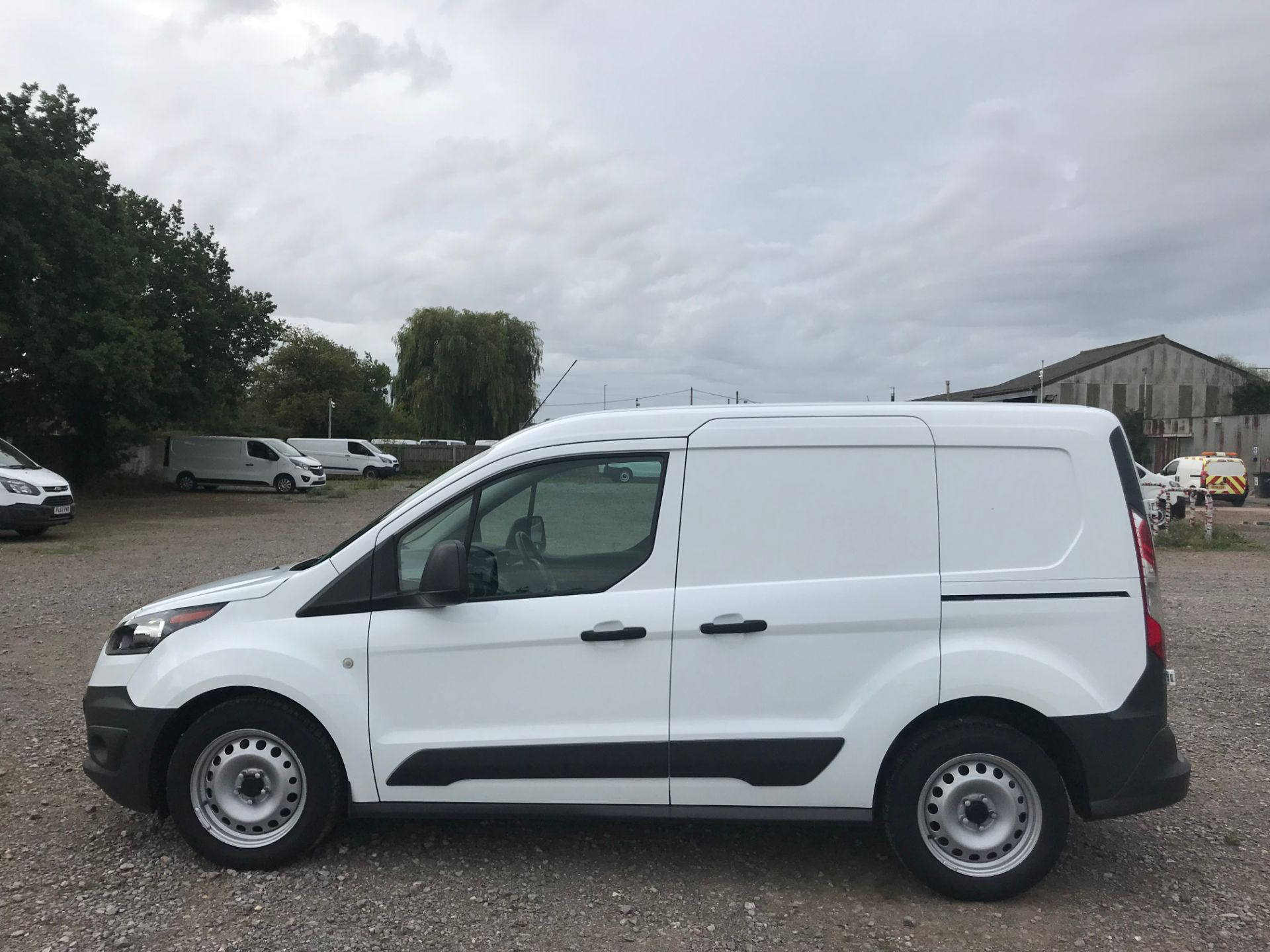 2017 Ford Transit Connect 1.5 Tdci 75Ps Van (FE17UNH) Image 8