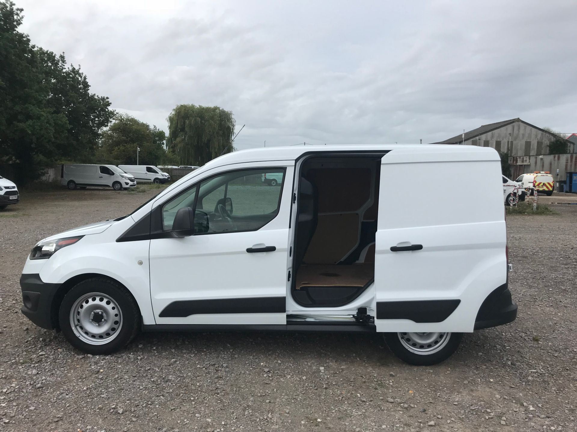 2017 Ford Transit Connect 1.5 Tdci 75Ps Van (FE17UNH) Image 9