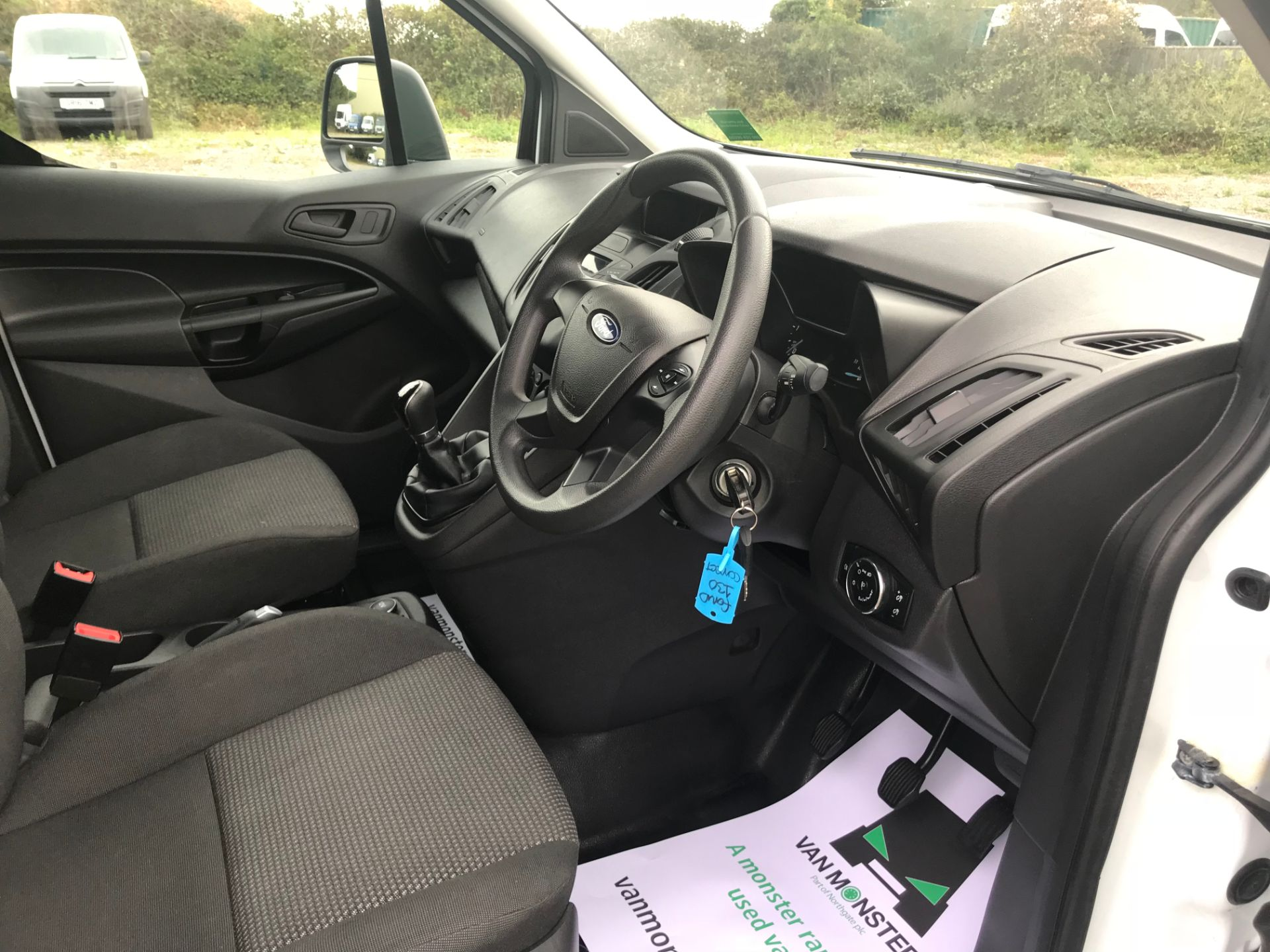 2017 Ford Transit Connect 1.5 Tdci 75Ps Van (FE17UNH) Image 15