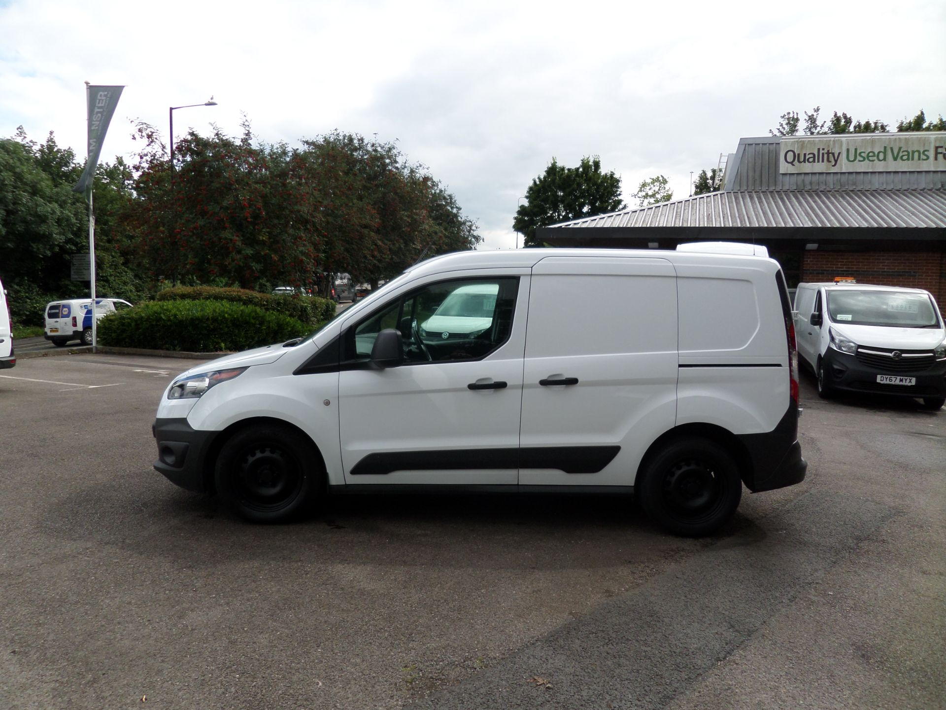 2017 Ford Transit Connect 1.5 Tdci 75Ps Van Euro 6 (FE17UOT) Image 6