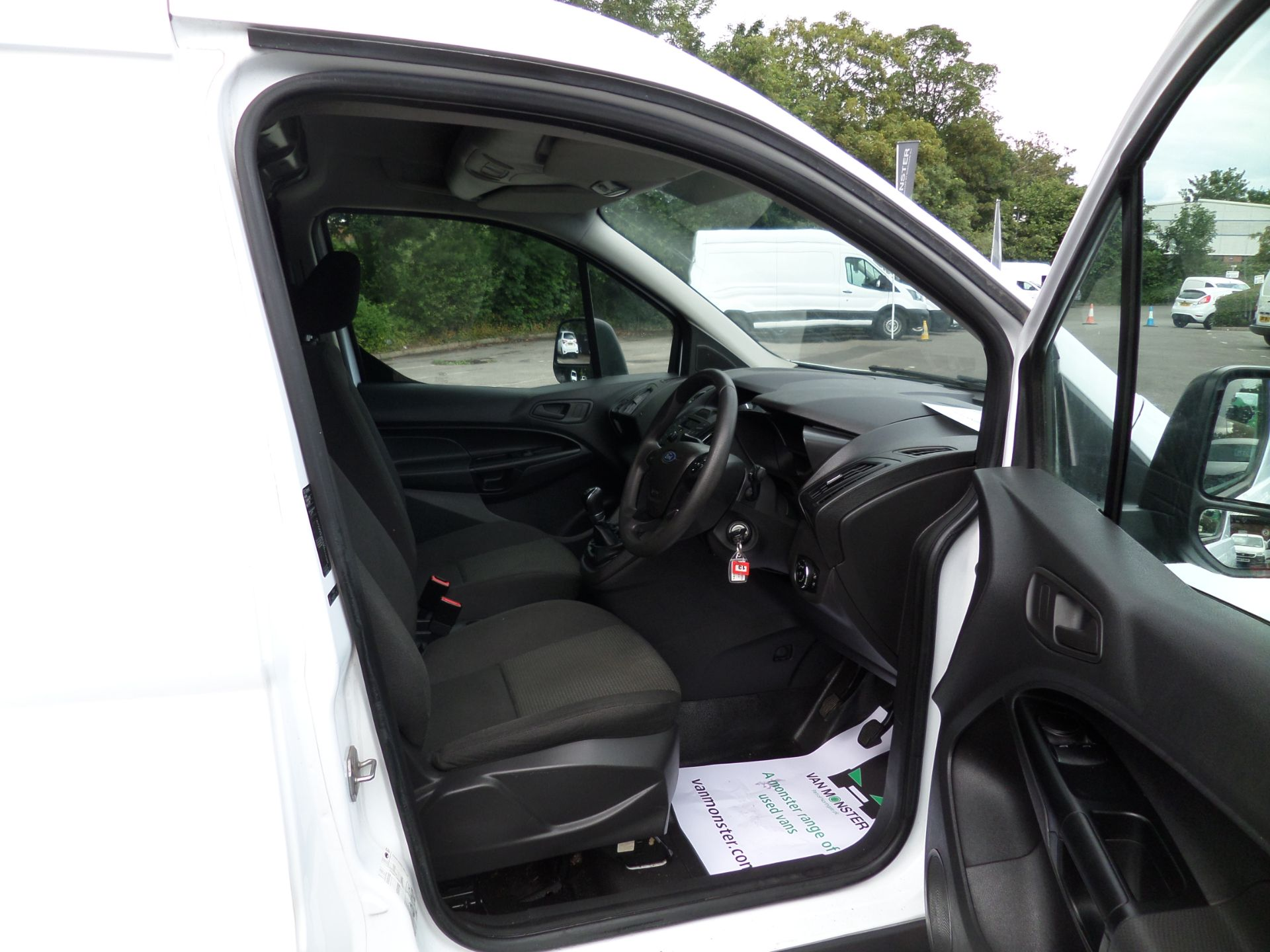 2017 Ford Transit Connect 1.5 Tdci 75Ps Van Euro 6 (FE17UOT) Image 11
