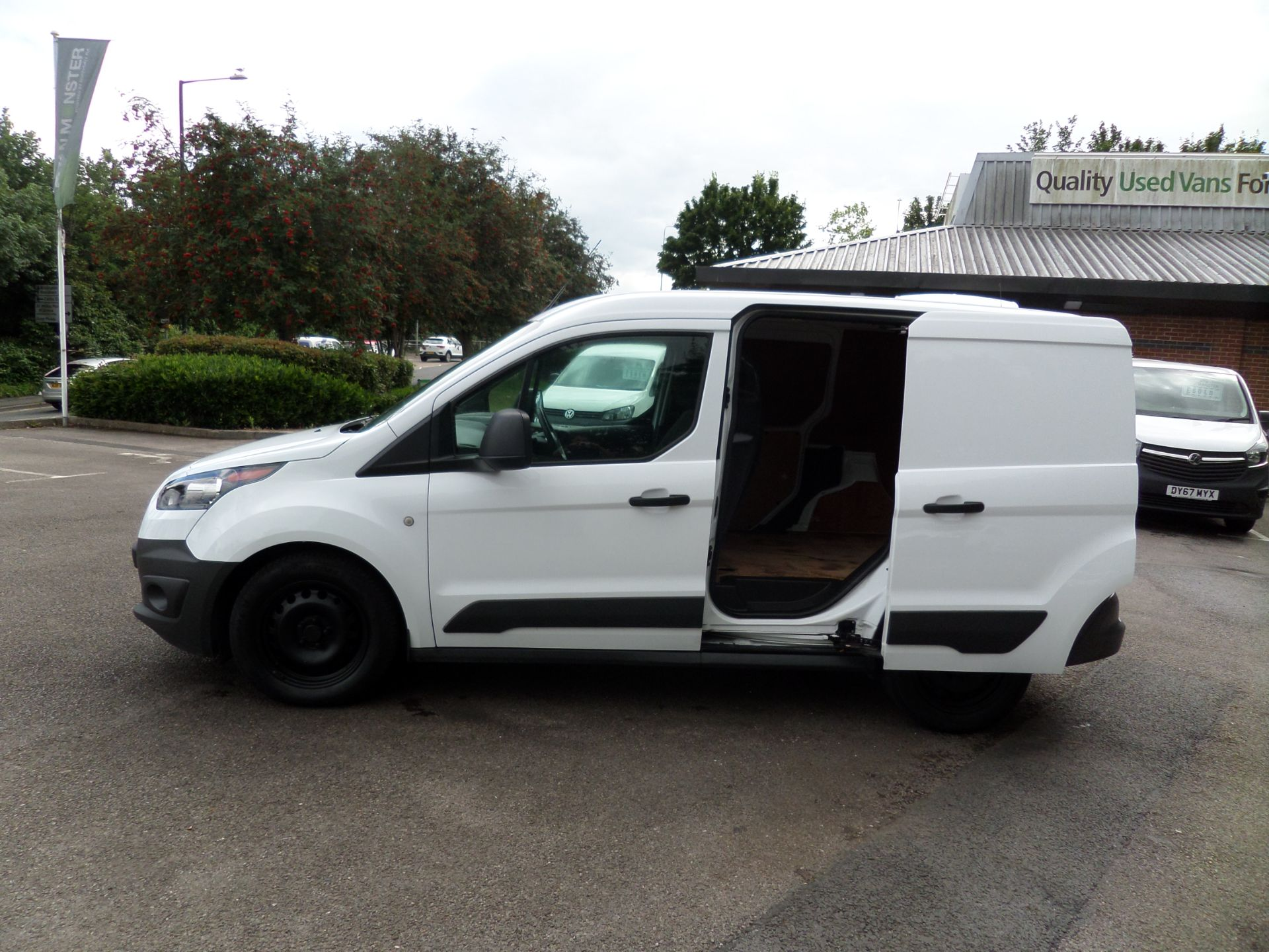 2017 Ford Transit Connect 1.5 Tdci 75Ps Van Euro 6 (FE17UOT) Image 7