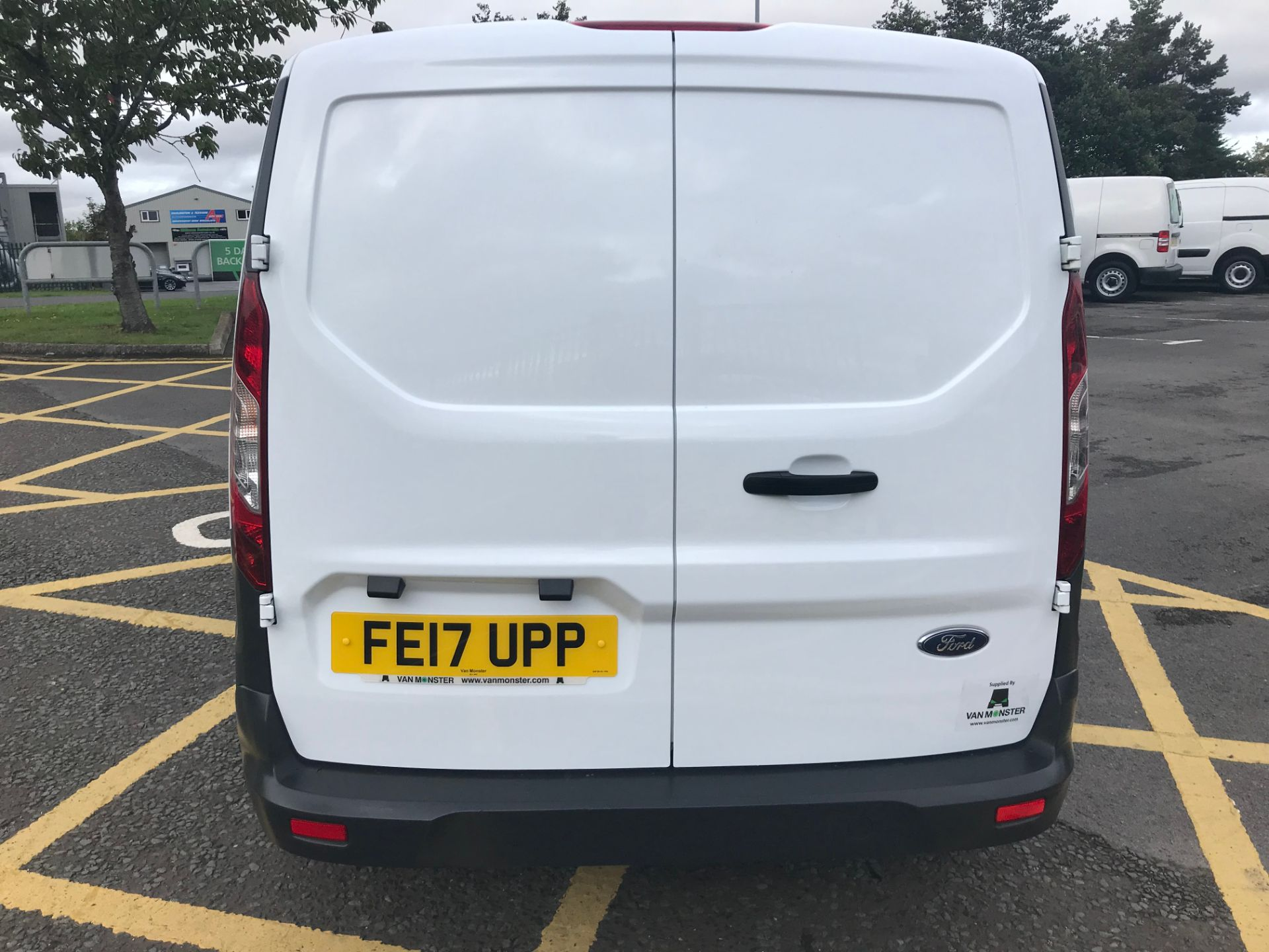 2017 Ford Transit Connect 1.5 Tdci 75Ps Van (FE17UPP) Image 6