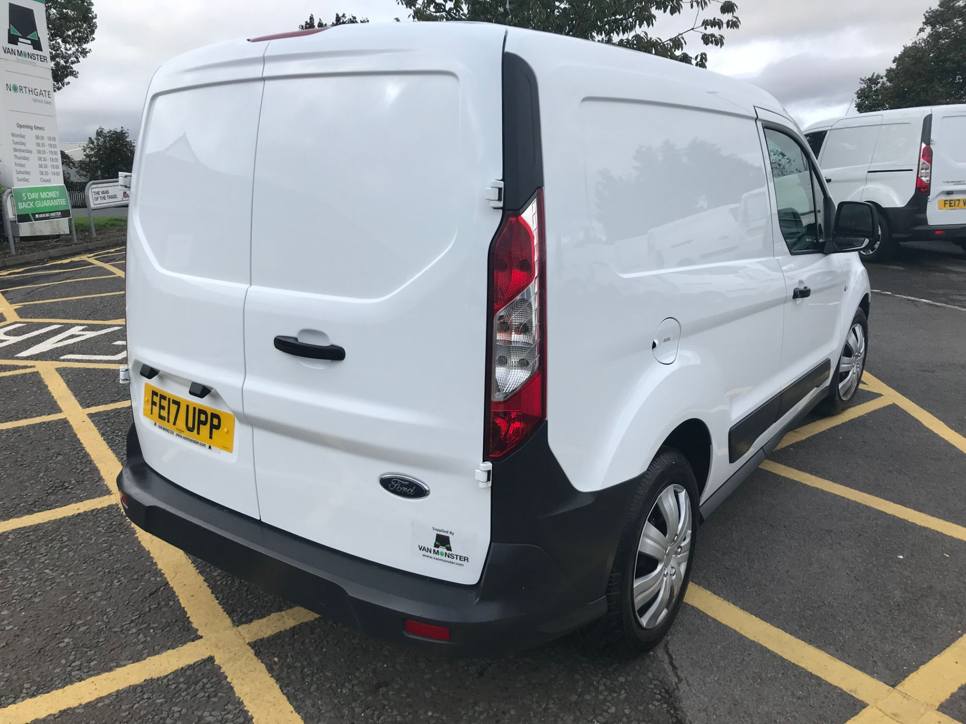 2017 Ford Transit Connect 1.5 Tdci 75Ps Van (FE17UPP) Image 7