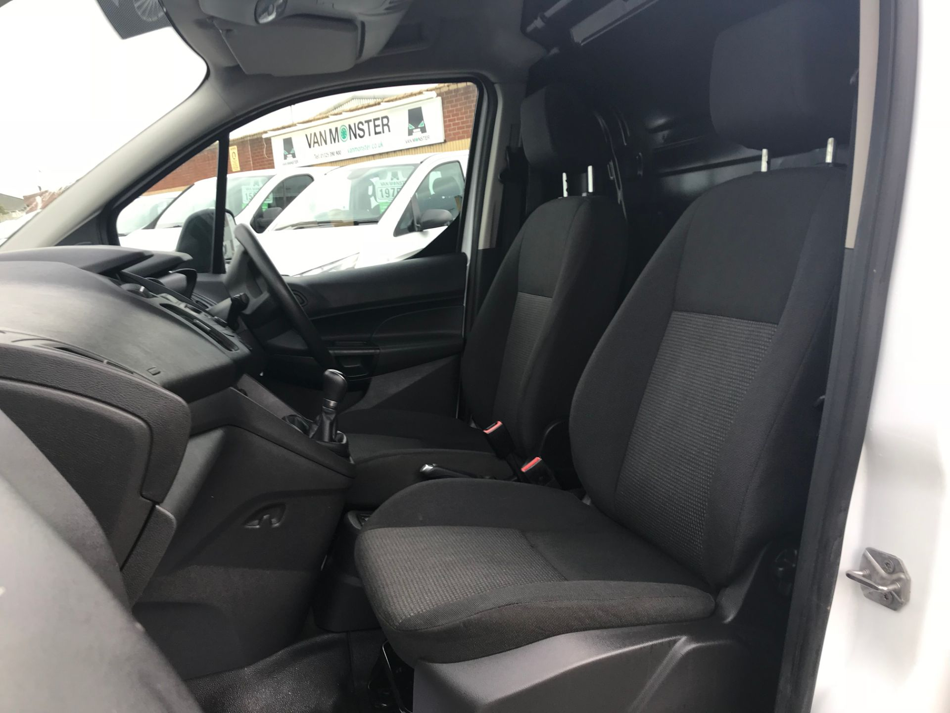 2017 Ford Transit Connect 1.5 Tdci 75Ps Van (FE17UPP) Image 18