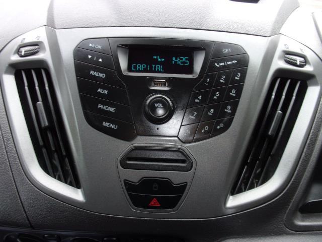 2017 Ford Transit Custom 290 2.0 Tdci 105Ps Low Roof D/Cab Van (FE17UUM) Image 3