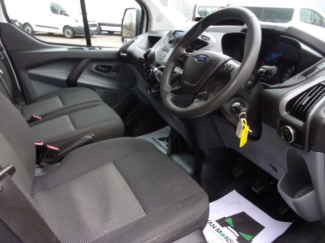 2017 Ford Transit Custom 290 2.0 Tdci 105Ps Low Roof D/Cab Van (FE17UUM) Image 2