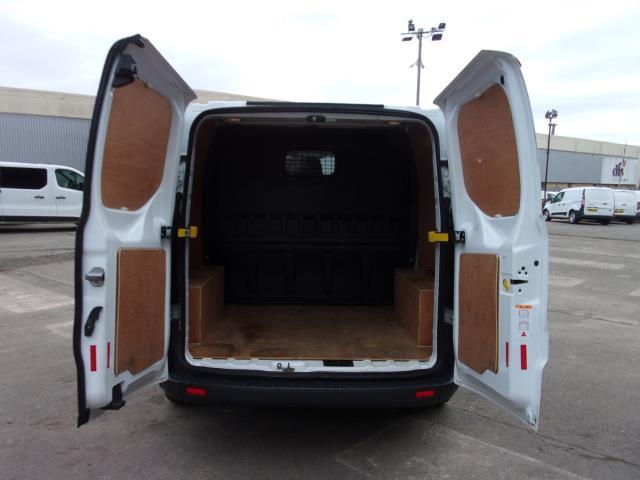 2017 Ford Transit Custom 290 2.0 Tdci 105Ps Low Roof D/Cab Van (FE17UUM) Image 17