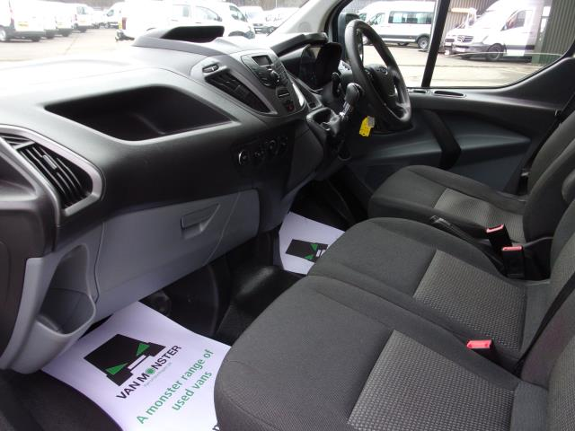 2017 Ford Transit Custom 290 2.0 Tdci 105Ps Low Roof D/Cab Van (FE17UUM) Image 13