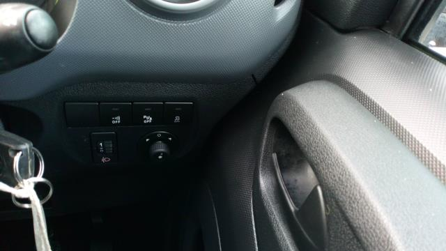 2017 Ford Transit Connect 1.5 Tdci 75Ps Van (FE17UUY) Image 15