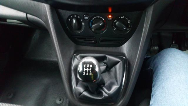 2017 Ford Transit Connect 1.5 Tdci 75Ps Van (FE17UUY) Image 11
