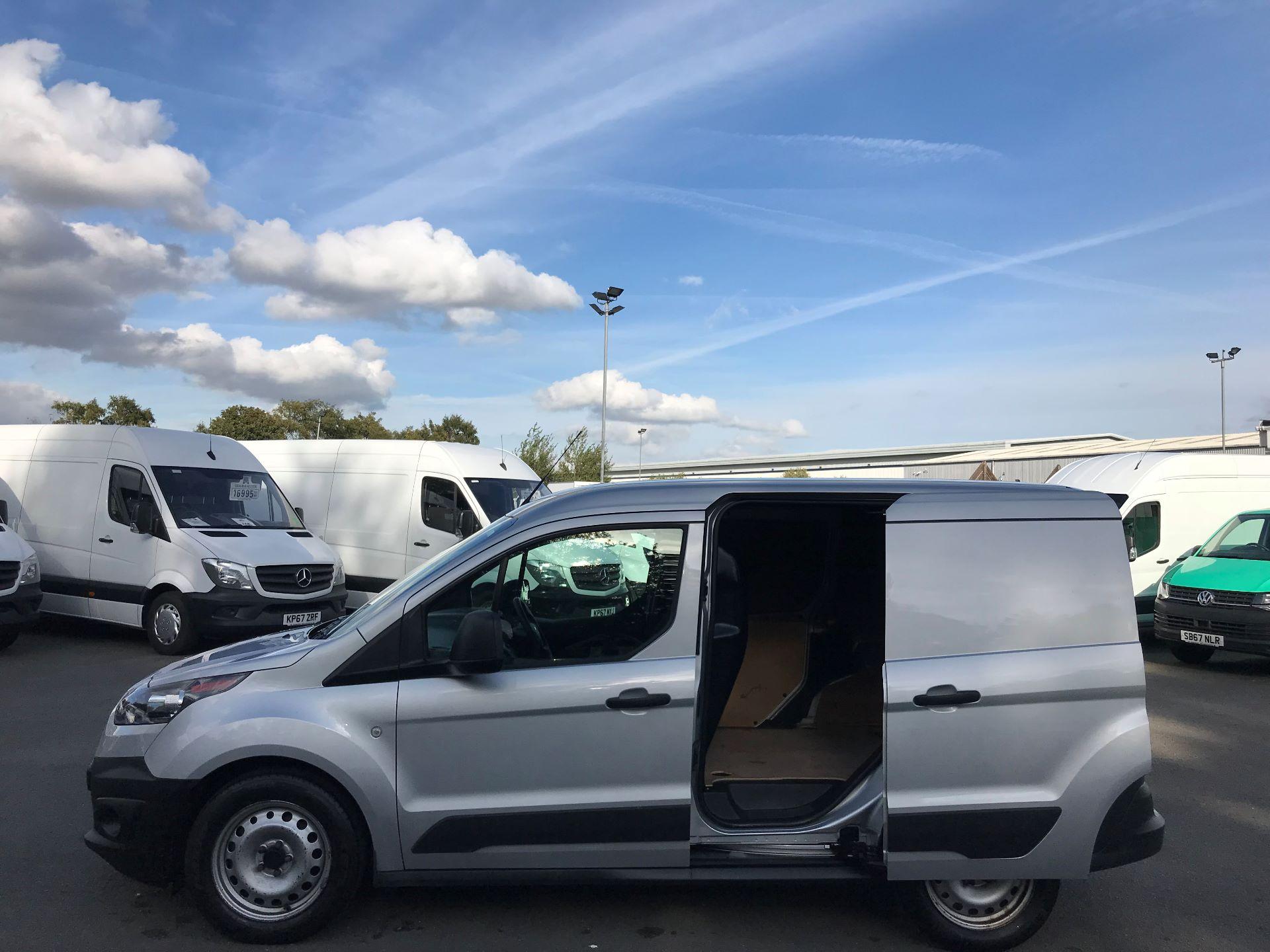 2017 Ford Transit Connect  220 L1 Diesel 1.5 TDCi 75PS Van EURO 6 (FE17UVN) Image 10