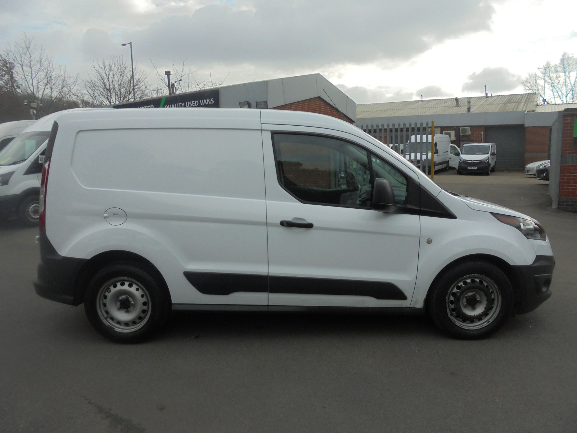 2017 Ford Transit Connect 1.5 Tdci 75Ps Van (FE17UWD) Image 11