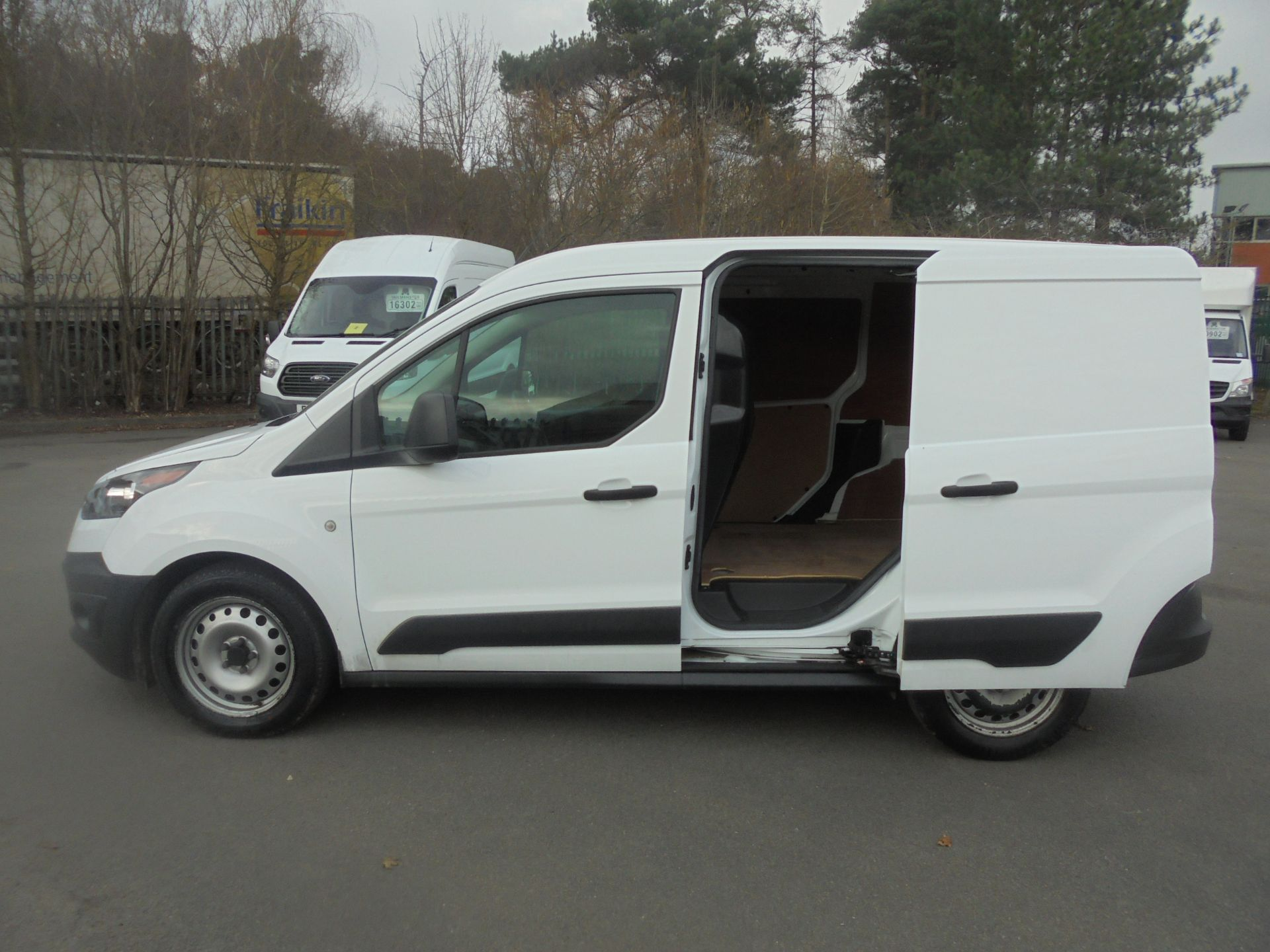 2017 Ford Transit Connect 1.5 Tdci 75Ps Van (FE17UWD) Image 6