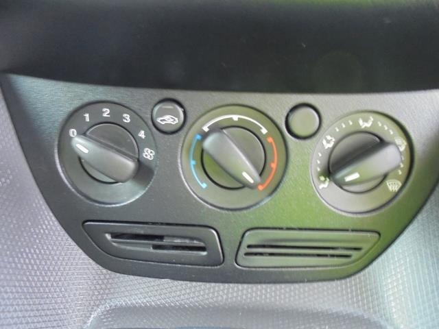 2017 Ford Transit Connect 220 L1 DIESEL 1.5 TDCI 75PS VAN EURO 6 (FE17UWZ) Image 13