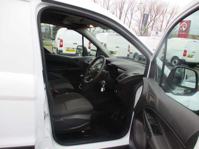 2017 Ford Transit Connect  200 L1 DIESEL 1.5 TDCi 75PS VAN EURO 5 (FE17UXR) Image 9