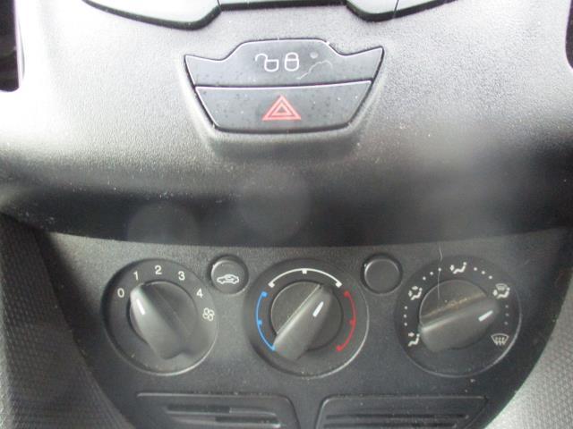 2017 Ford Transit Connect  200 L1 DIESEL 1.5 TDCi 75PS VAN EURO 5 (FE17UXR) Image 23