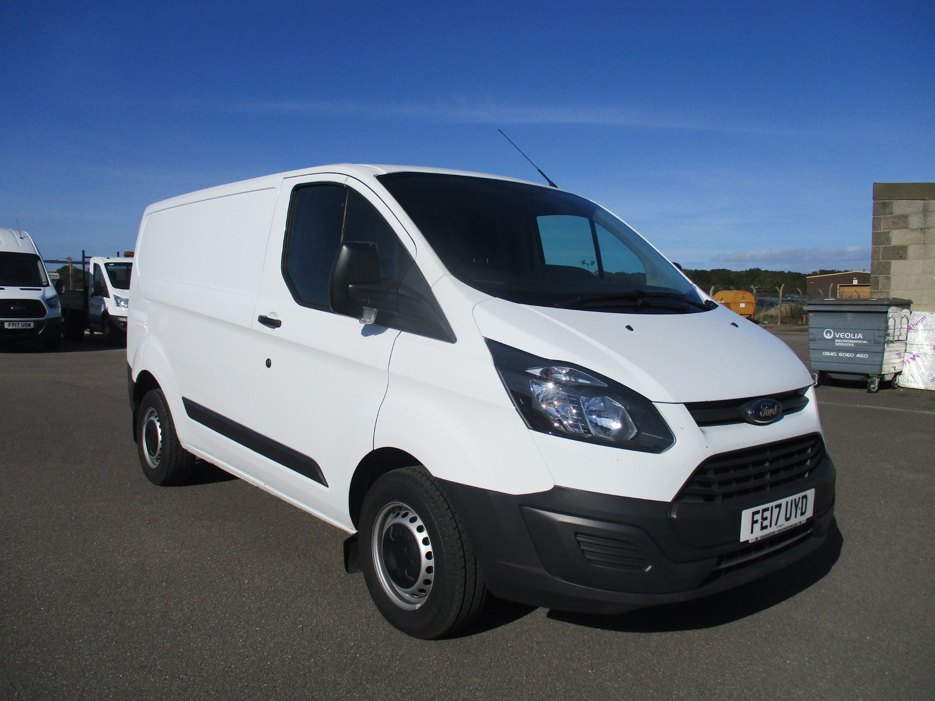 2017 Ford Transit Custom 290 L1 DIESEL FWD 2.0 TDCI 105PS LOW ROOF VAN EURO 6 (FE17UYD)