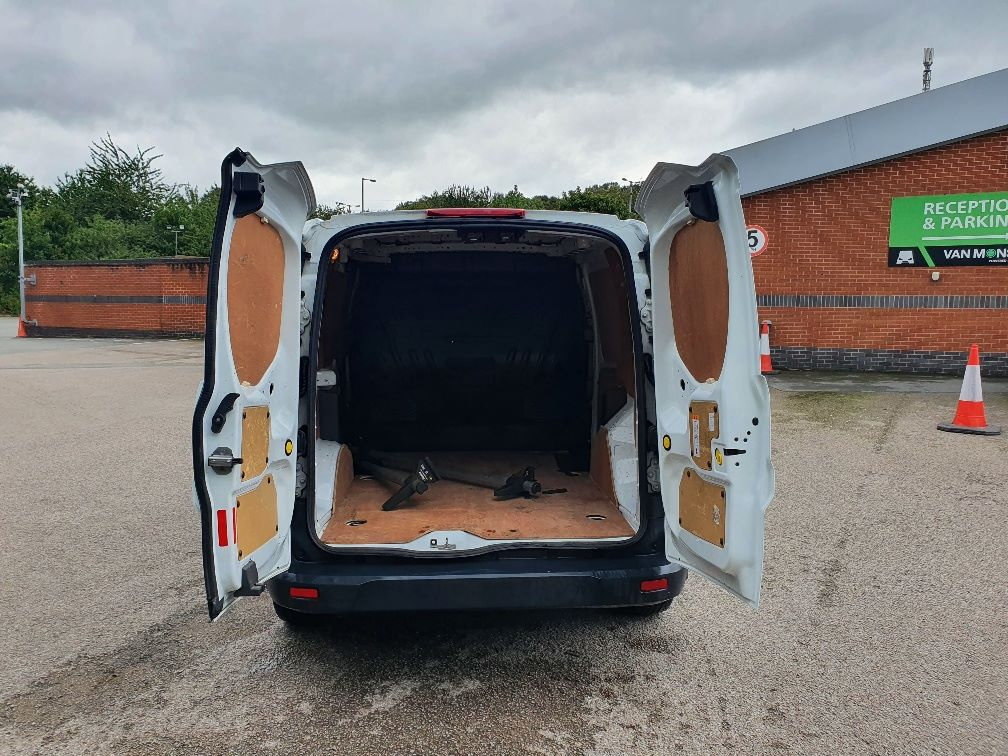 2017 Ford Transit Connect  200 L1 Diesel 1.5 TDCi 75PS Van EURO 6 (FE17UYS) Image 11