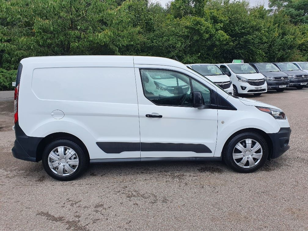 2017 Ford Transit Connect  200 L1 Diesel 1.5 TDCi 75PS Van EURO 6 (FE17UYS) Image 4