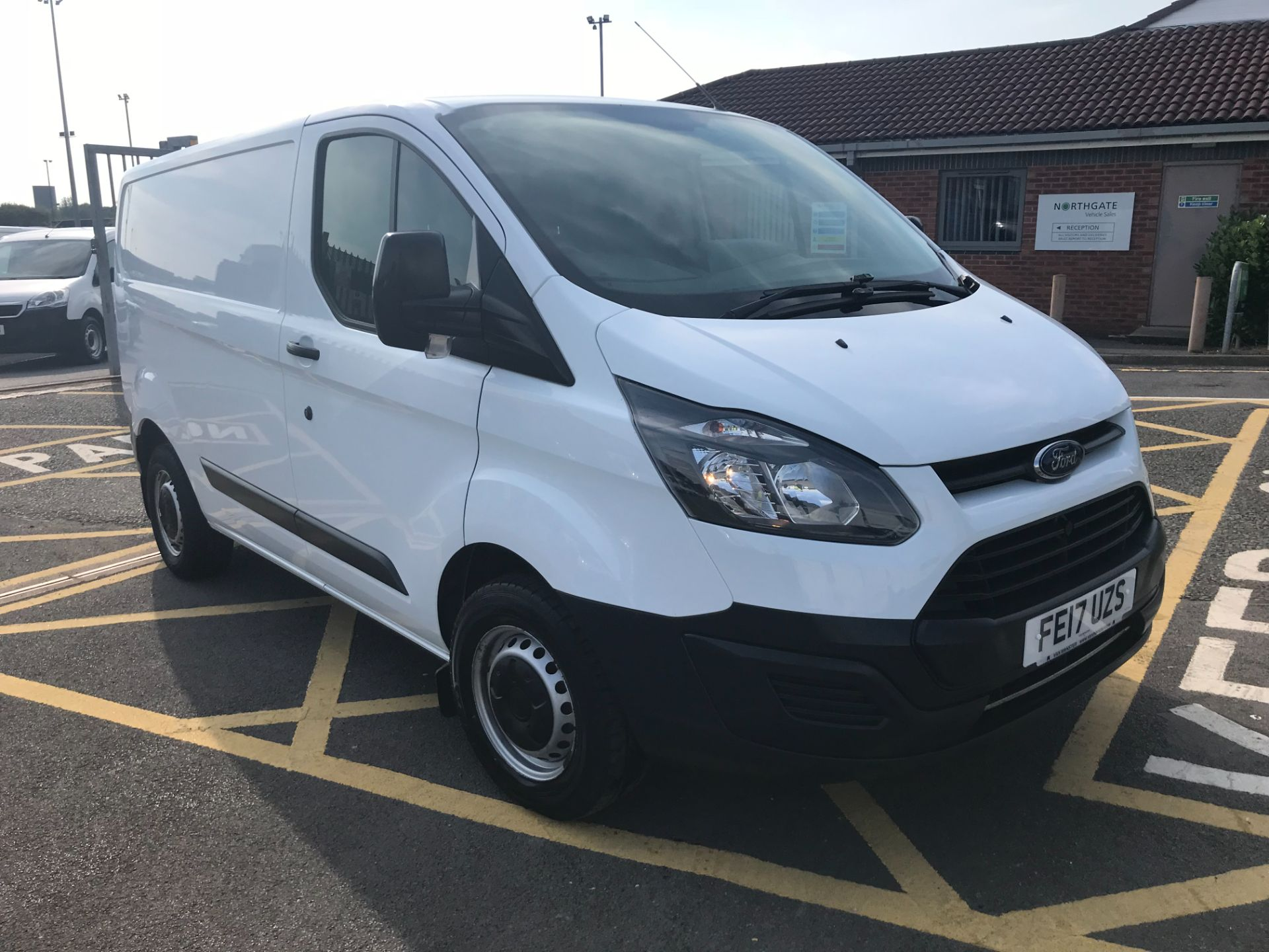 2017 Ford Transit Custom 2.0 Tdci 105Ps Low Roof Van (FE17UZS)