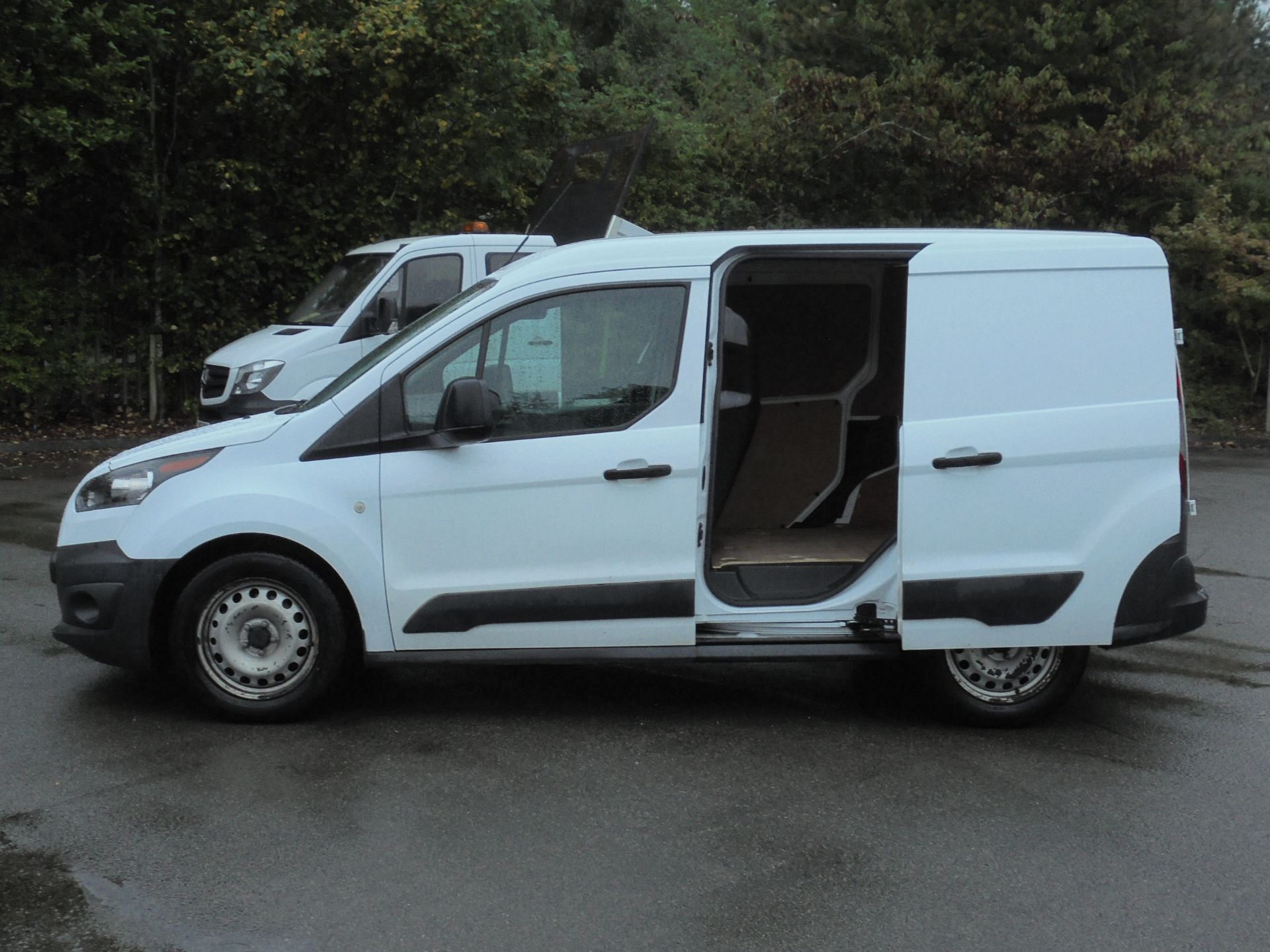2017 Ford Transit Connect 1.5 Tdci 75Ps Van (FE17VBJ) Image 6