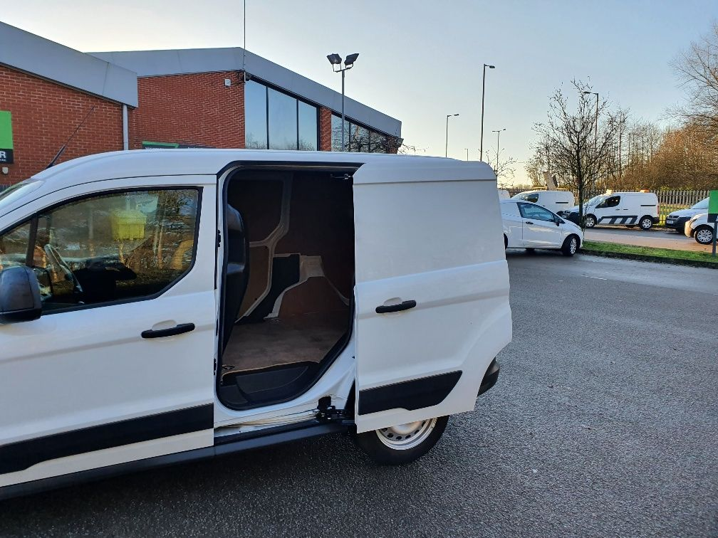2017 Ford Transit Connect 1.5 Tdci 75Ps Van (FE17VDZ) Image 14