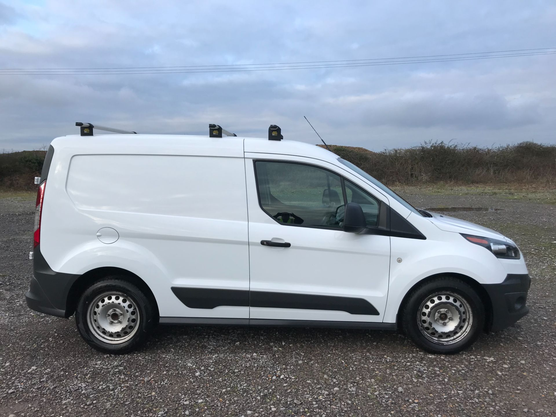 2017 Ford Transit Connect 1.5 Tdci 75Ps Van (FE17VFC) Image 7