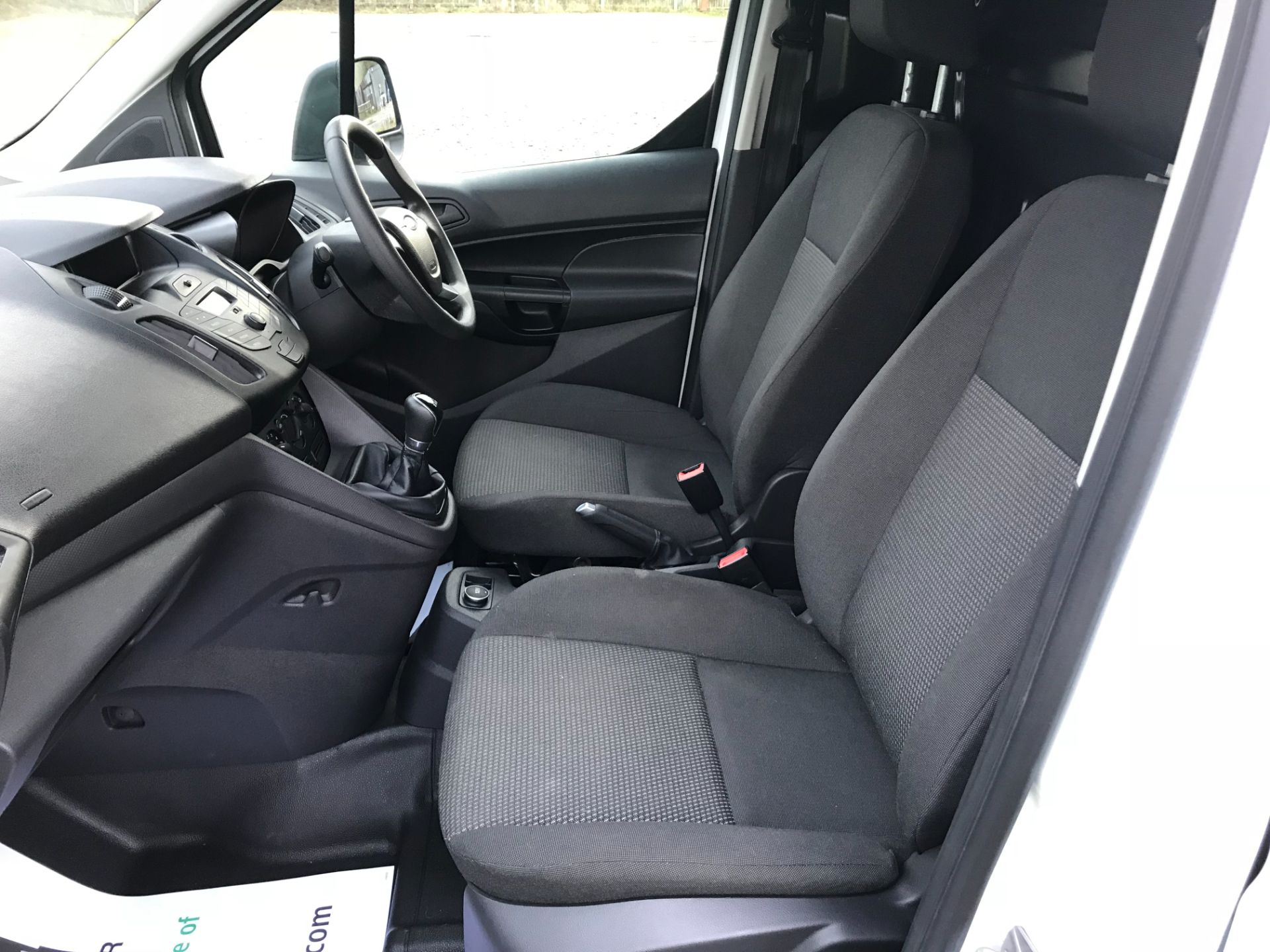 2017 Ford Transit Connect 1.5 Tdci 75Ps Van (FE17VFC) Image 18