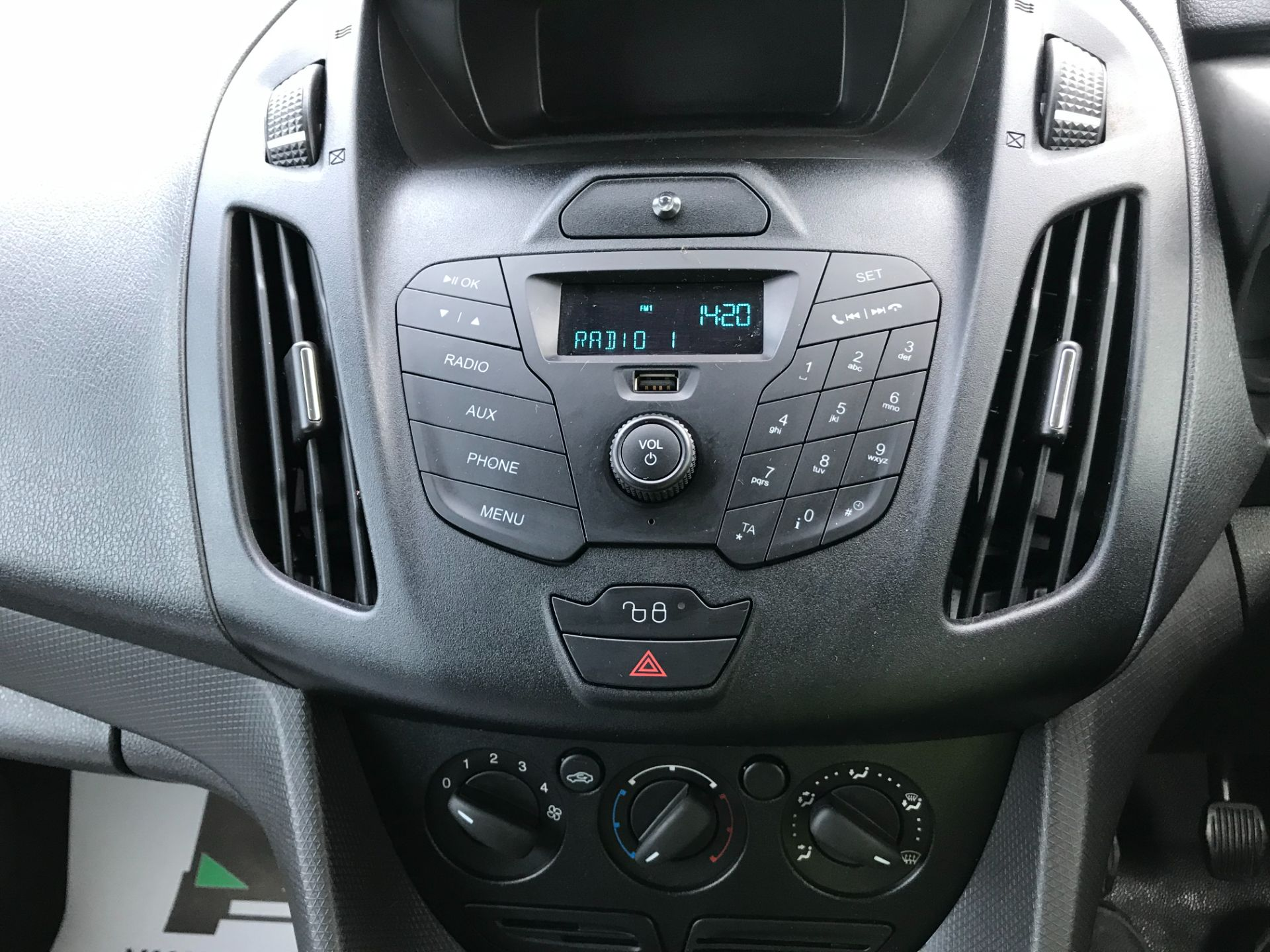 2017 Ford Transit Connect 1.5 Tdci 75Ps Van (FE17VFC) Image 25