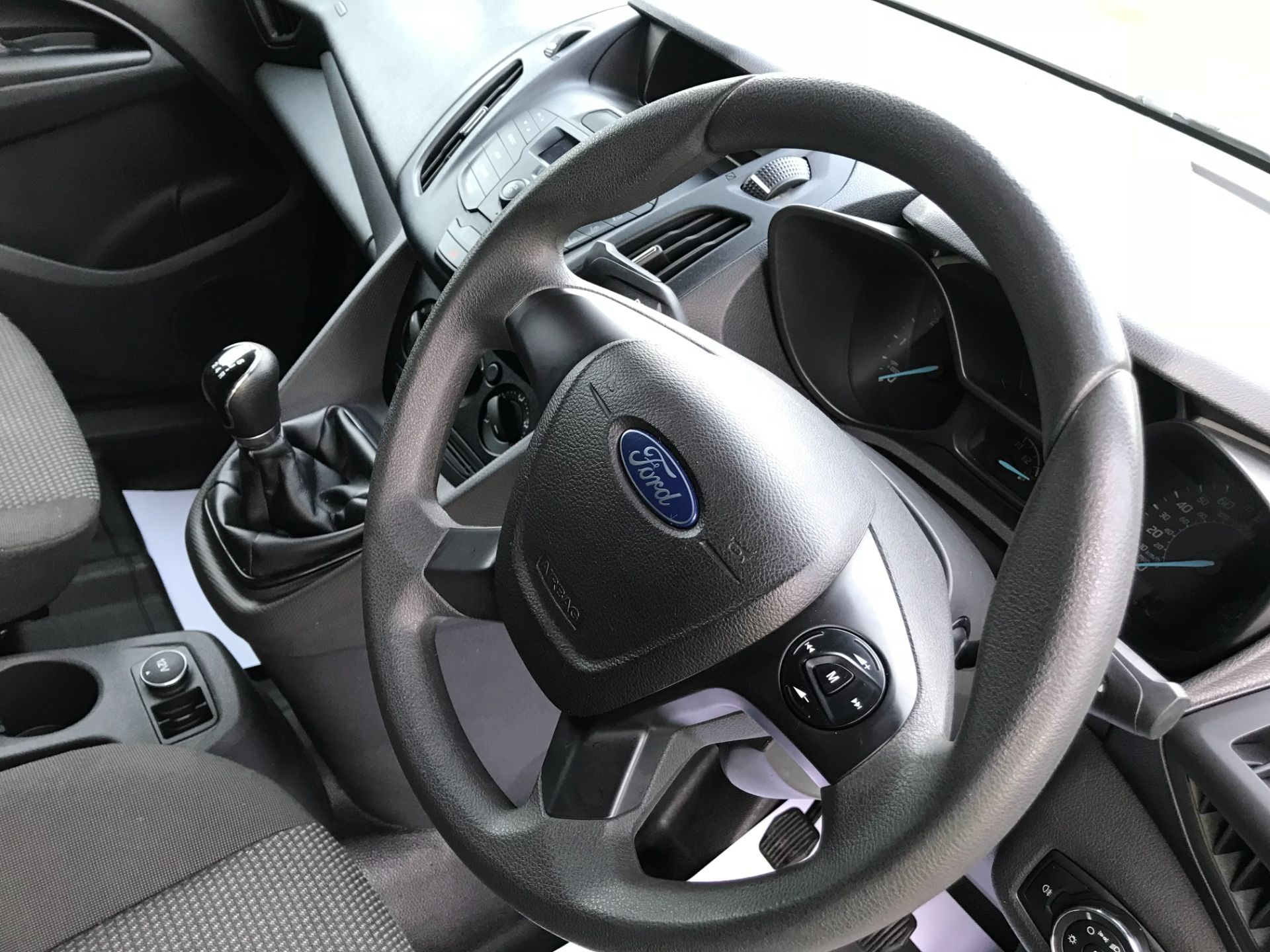 2017 Ford Transit Connect 1.5 Tdci 75Ps Van (FE17VFC) Image 22