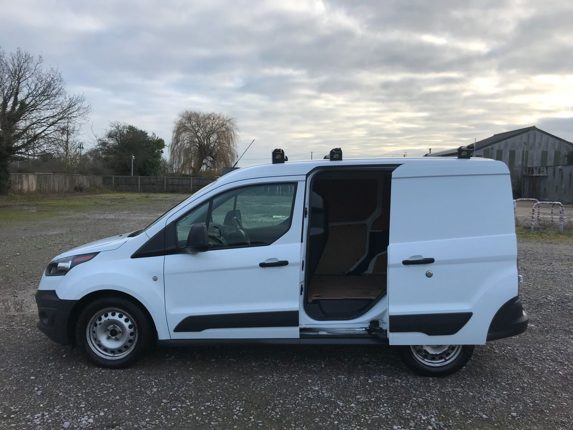2017 Ford Transit Connect 1.5 Tdci 75Ps Van (FE17VFC) Image 9