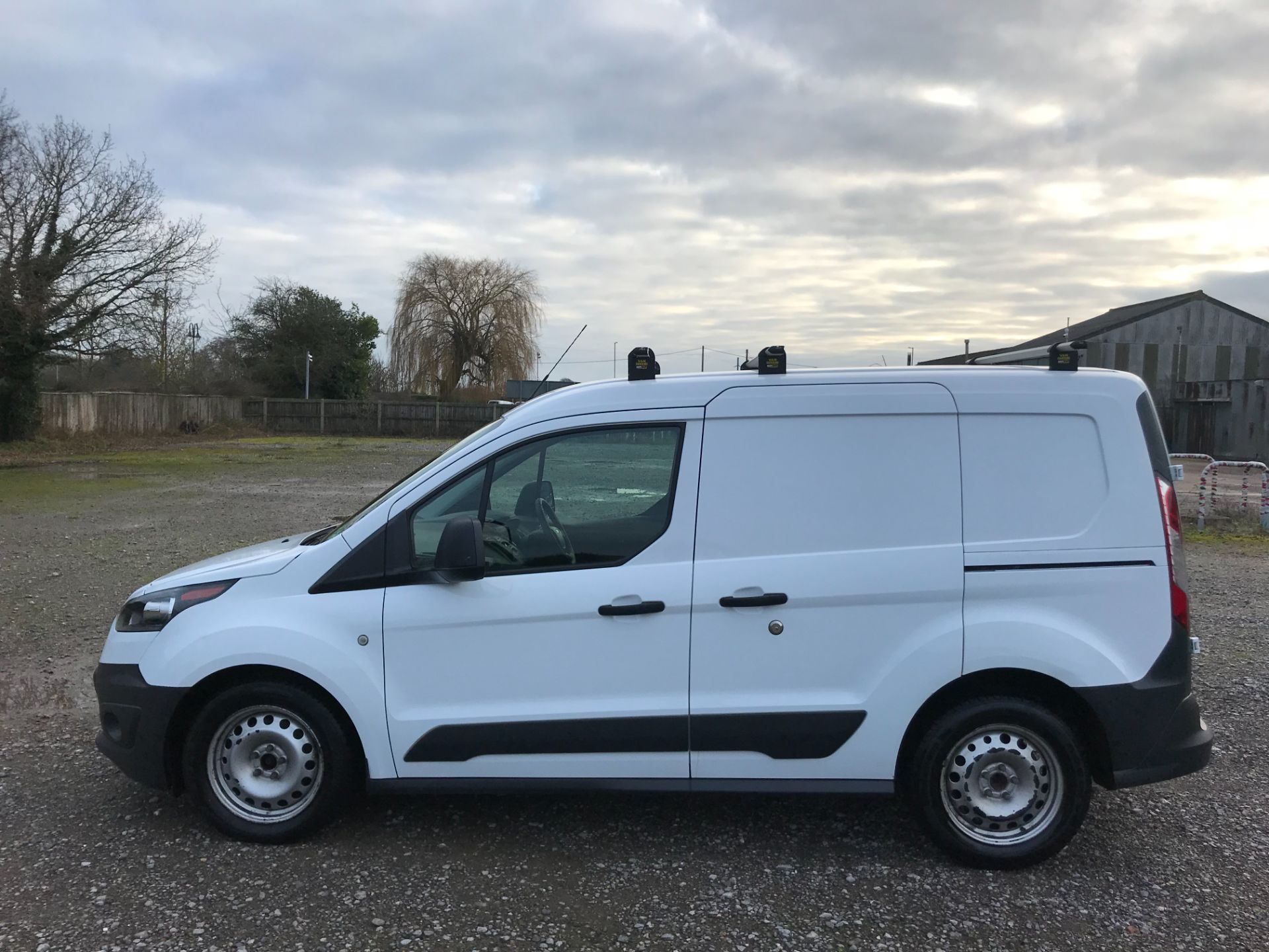 2017 Ford Transit Connect 1.5 Tdci 75Ps Van (FE17VFC) Image 8