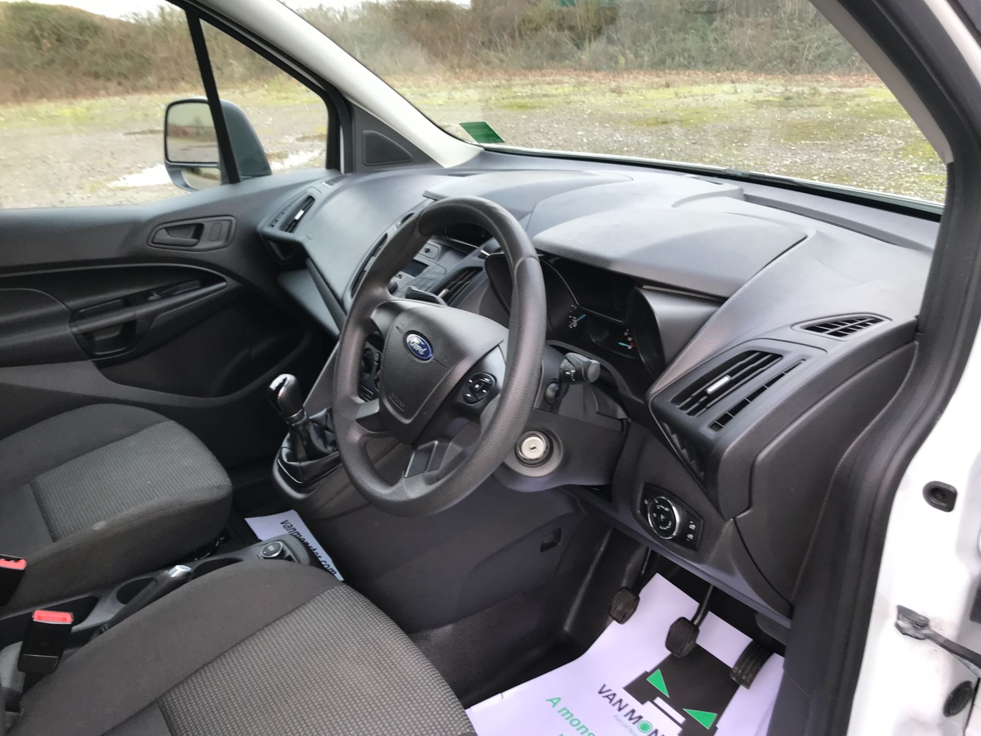 2017 Ford Transit Connect 1.5 Tdci 75Ps Van (FE17VFC) Image 19