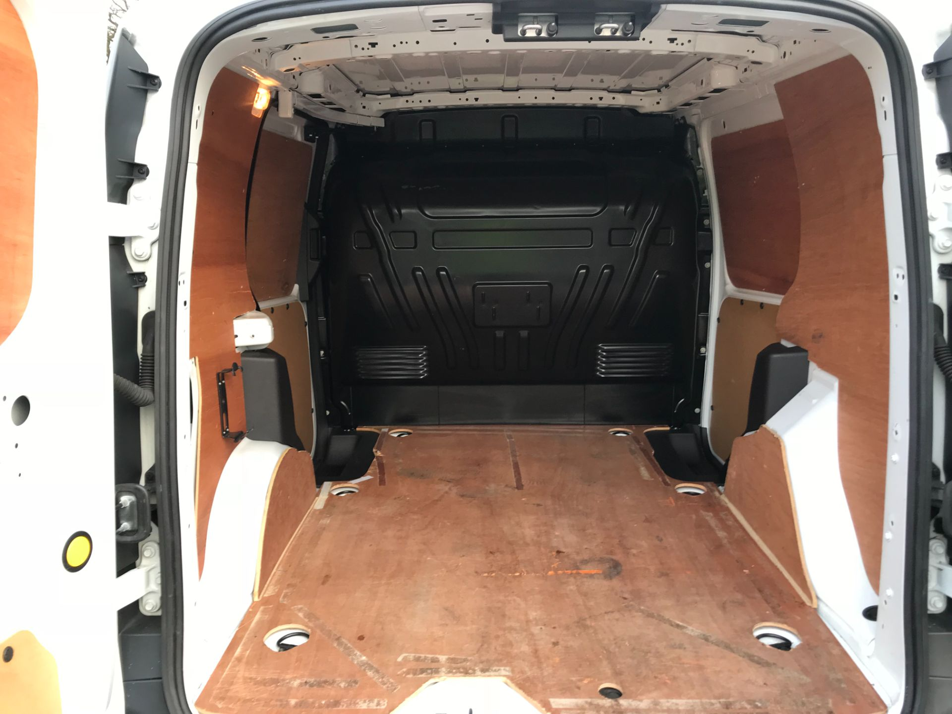 2017 Ford Transit Connect 1.5 Tdci 75Ps Van (FE17VFC) Image 13