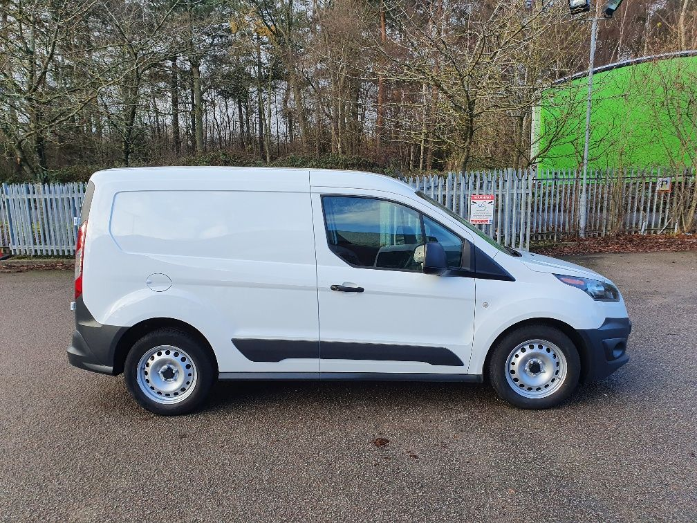2017 Ford Transit Connect 1.5 Tdci 75Ps Van (FE17VFU) Image 4
