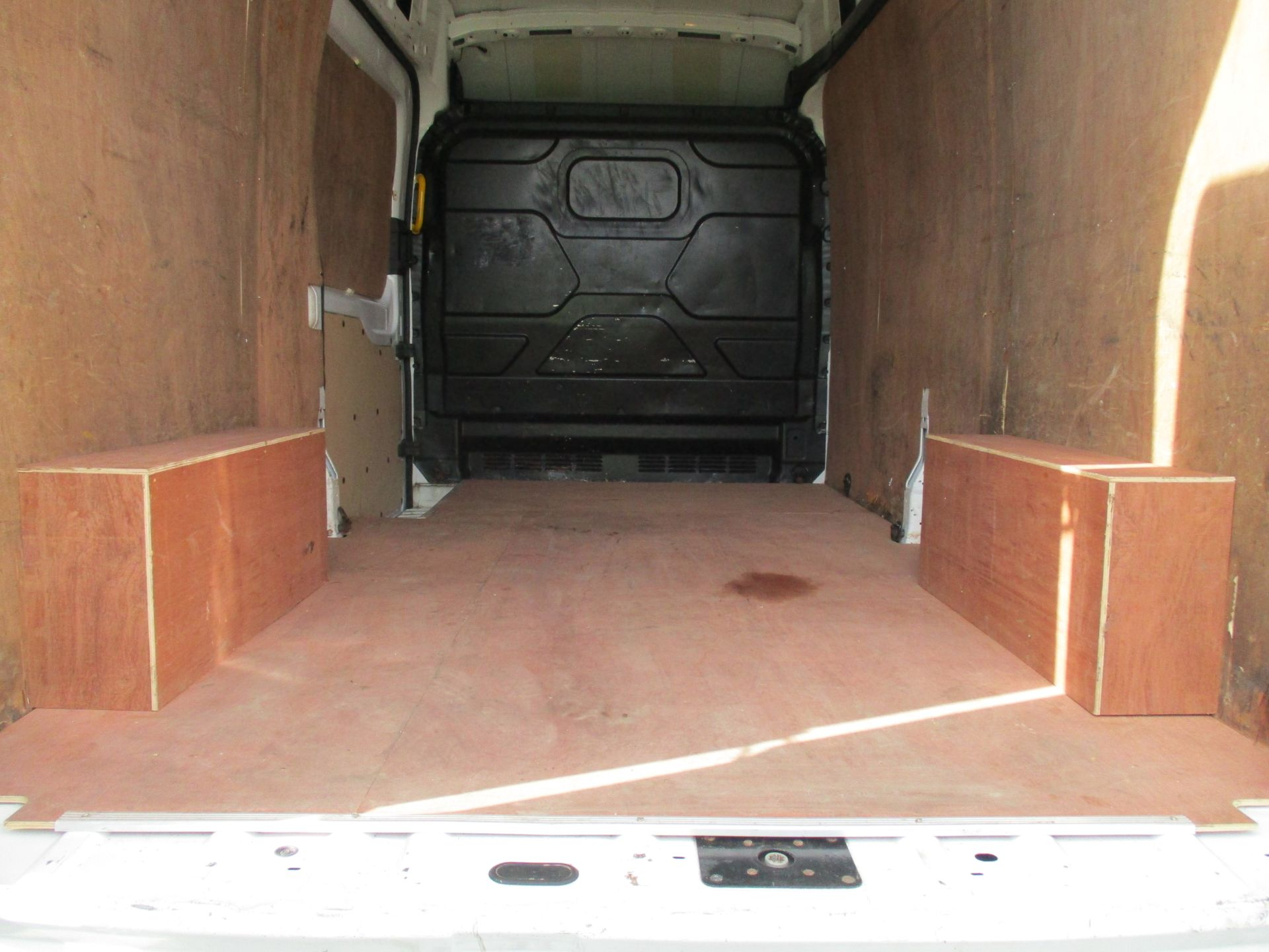 2017 Ford Transit L3 H3 VAN 130PS EURO 6 (FE17VFY) Image 11