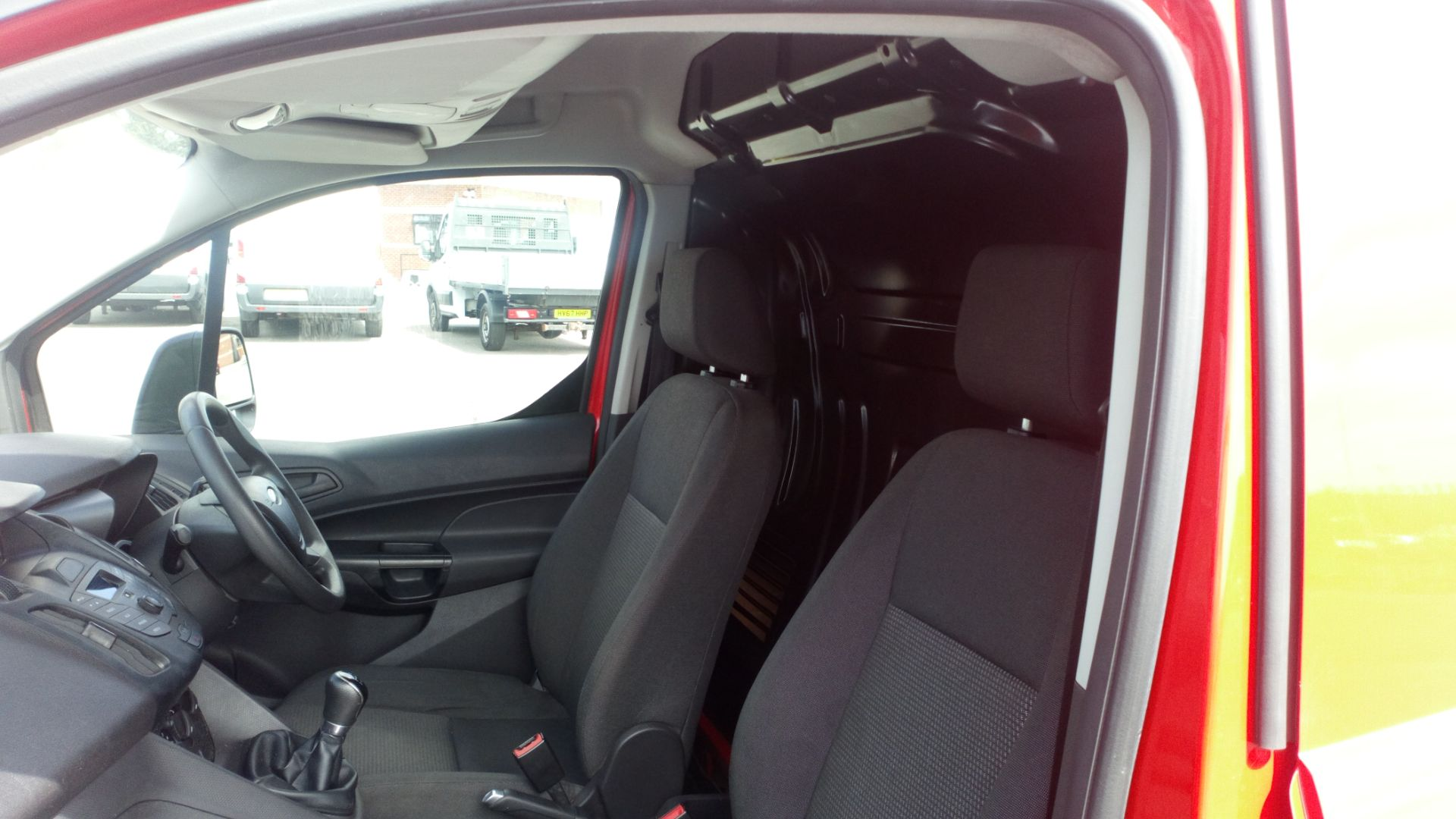 2017 Ford Transit Connect 1.5 Tdci 75Ps Van (FE17VGN) Image 13
