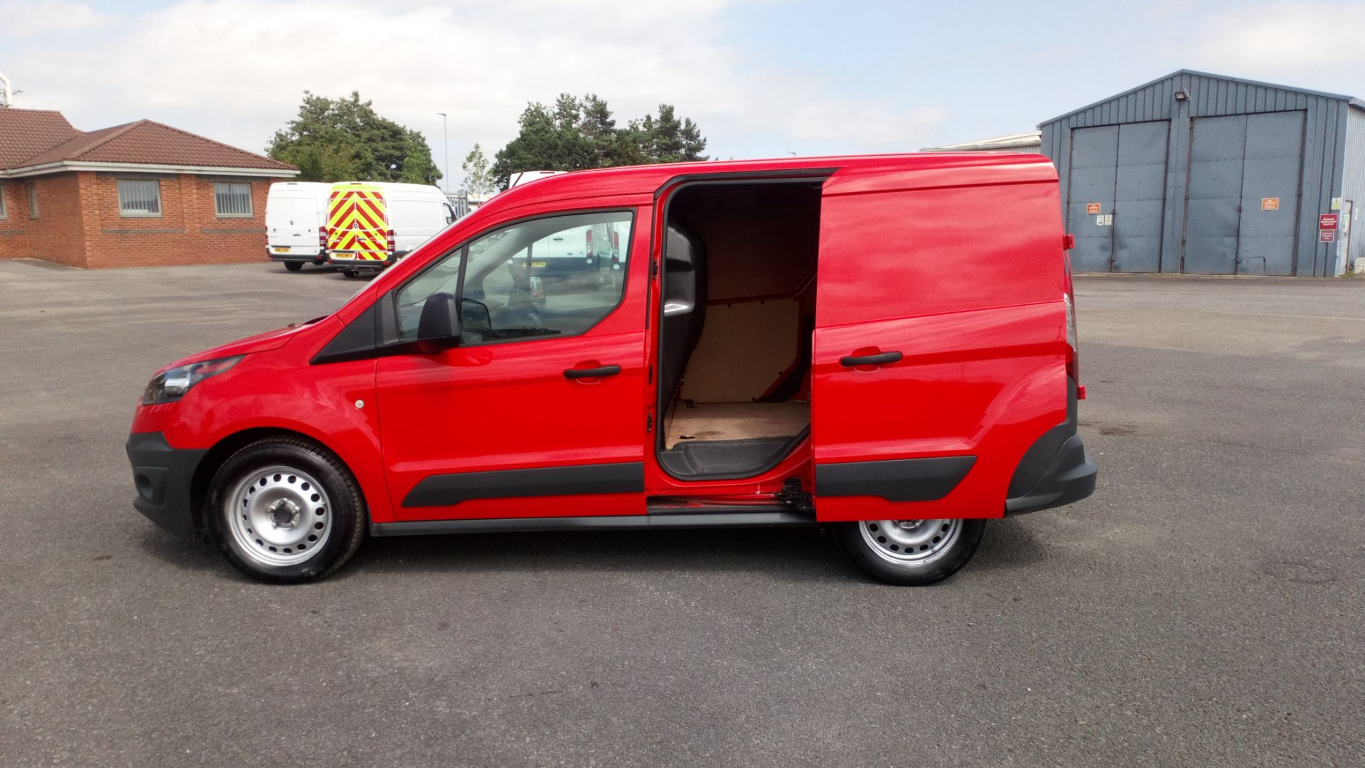 2017 Ford Transit Connect 1.5 Tdci 75Ps Van (FE17VGN) Image 9