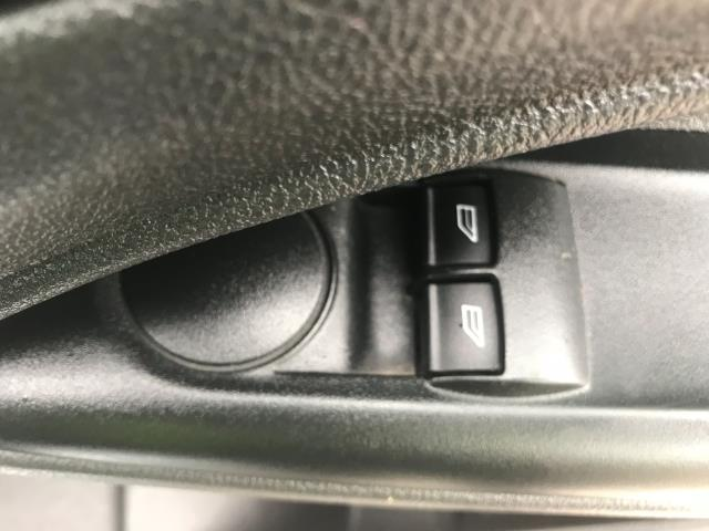 2017 Ford Transit Connect  200 L1 Diesel 1.5 TDCi 75PS Van EURO 6 (FE17VHZ) Image 19