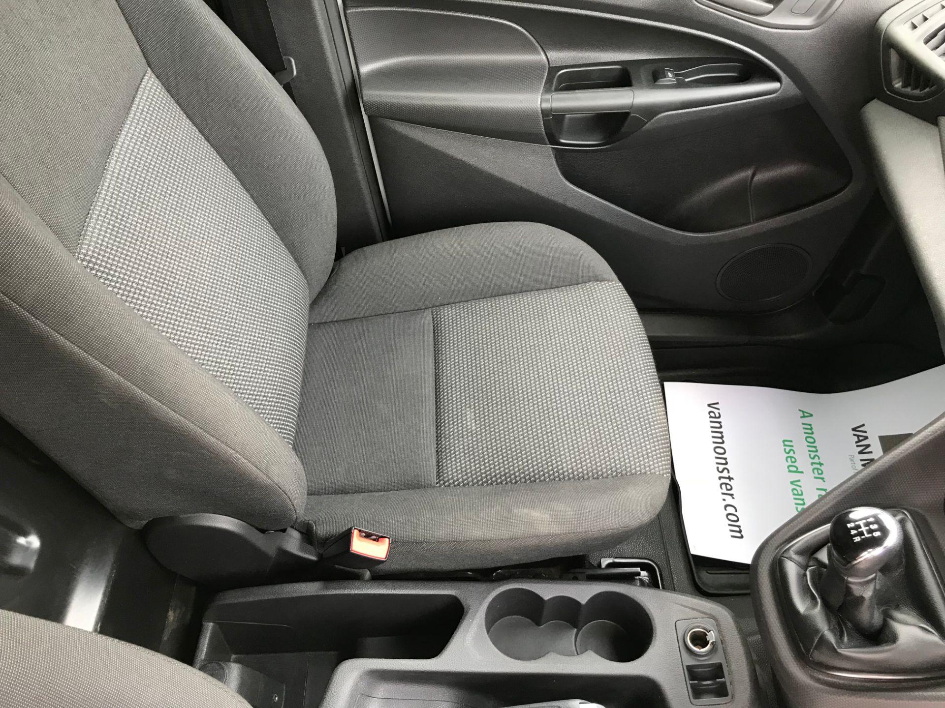 2017 Ford Transit Connect 1.5 Tdci 75Ps Van (FE17VJD) Image 24