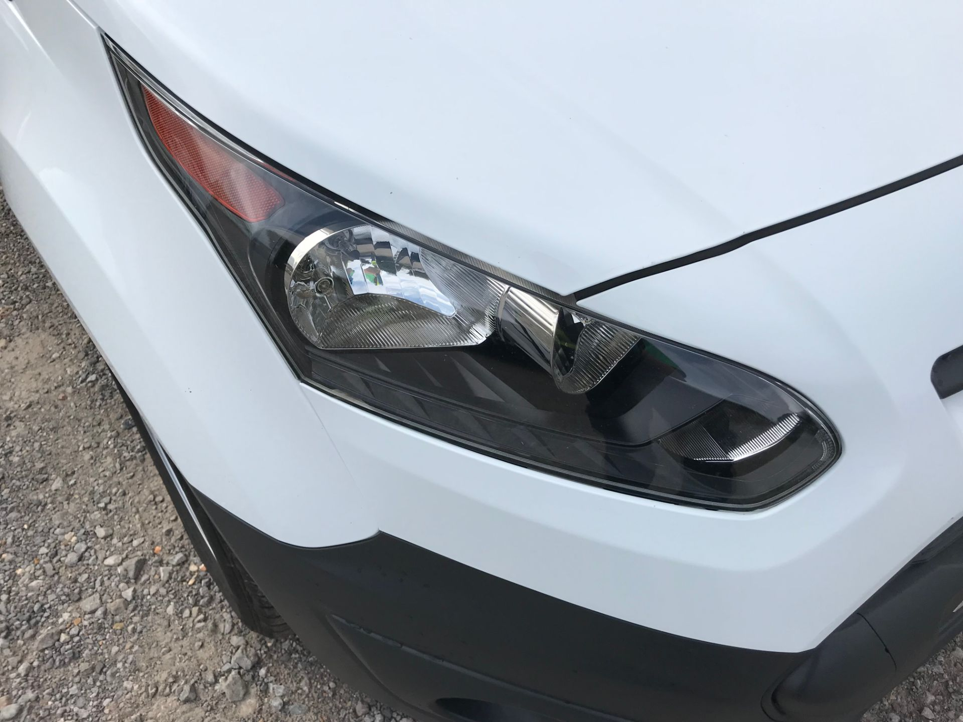 2017 Ford Transit Connect 1.5 Tdci 75Ps Van (FE17VJD) Image 18