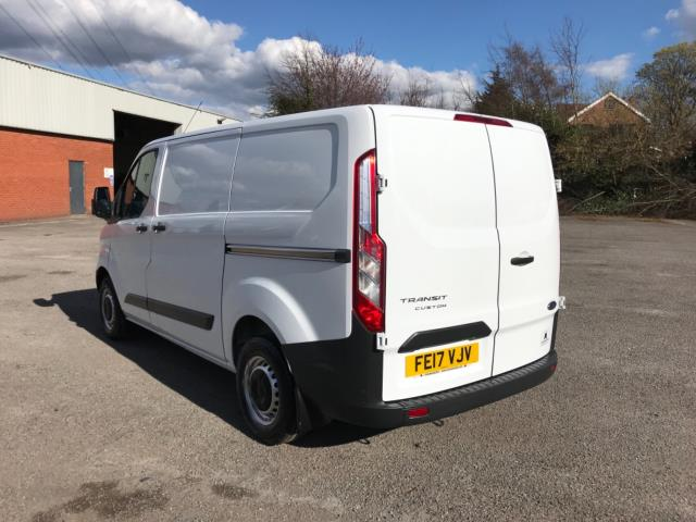 2017 Ford Transit Custom 2.0 Tdci 105Ps Low Roof Van Euro 6 (FE17VJV) Image 5
